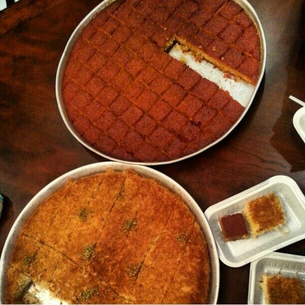مطعم ملك الكنافه النابلسية في الخبر