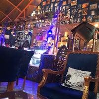 مقهى الزمن الجميل