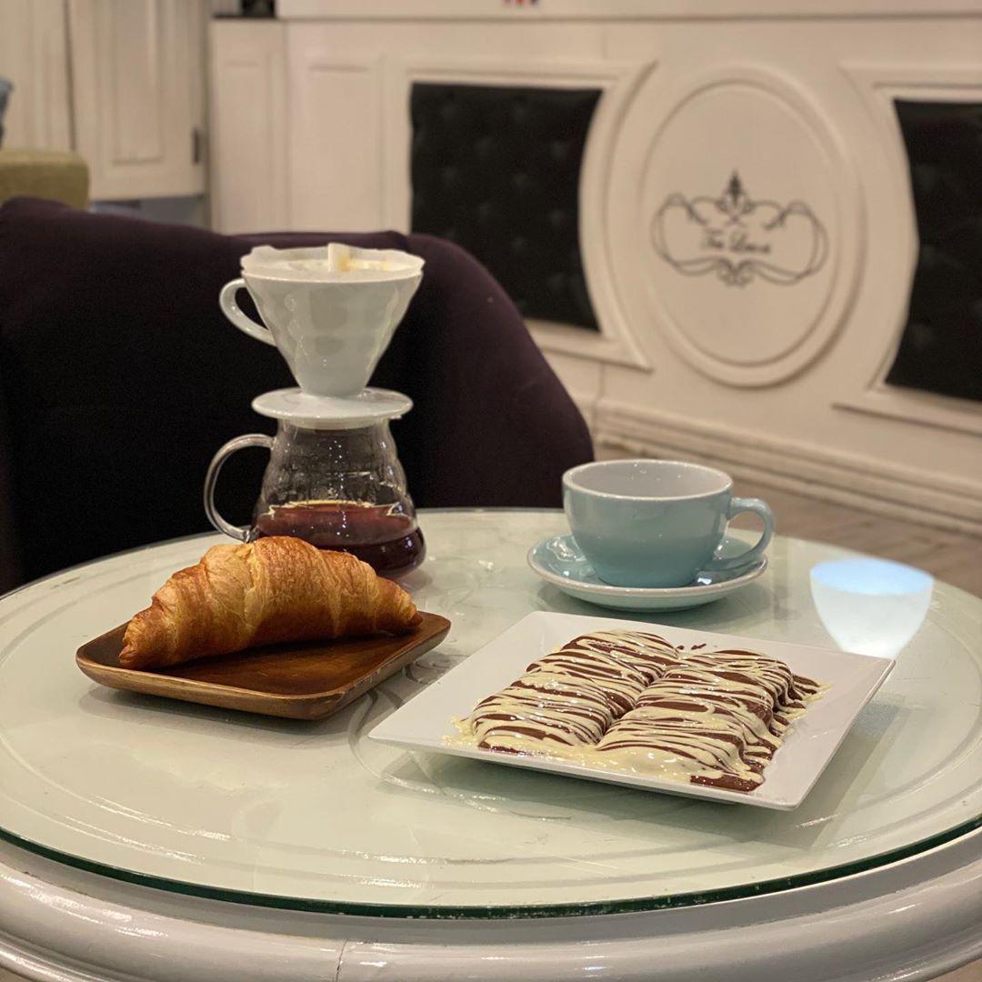 مقهى ورق الشاي الخبر